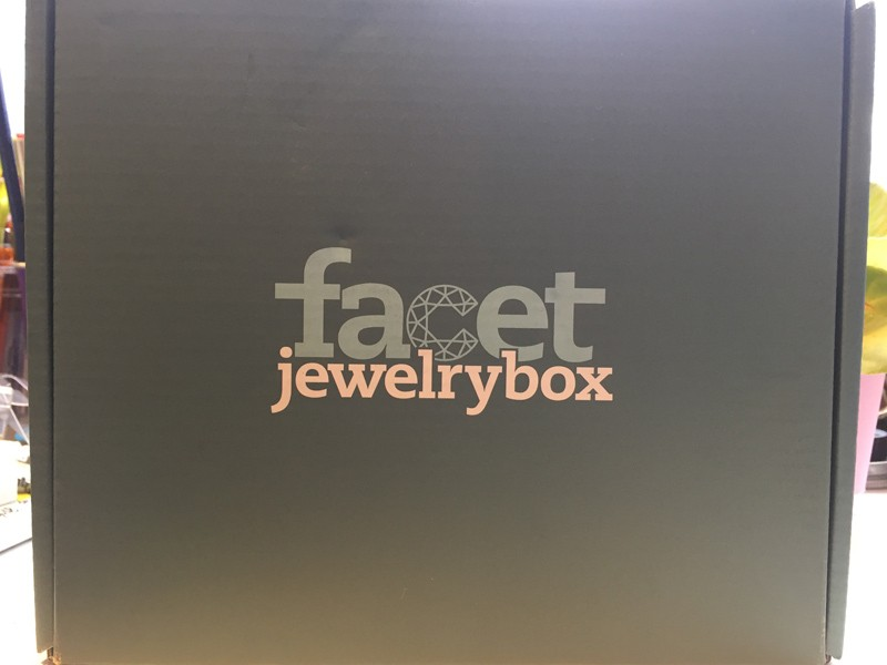 Facet-box
